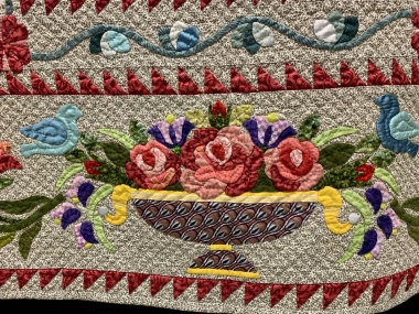 What is Finished Edge Applique?