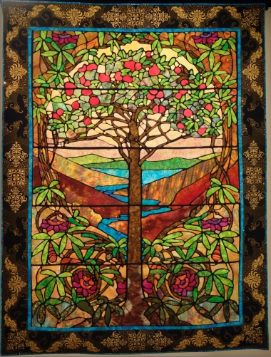 What is a Stained Glass Quilt?