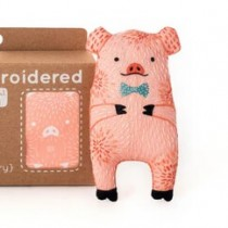 Kiriki Press Pig Embroidery Kit