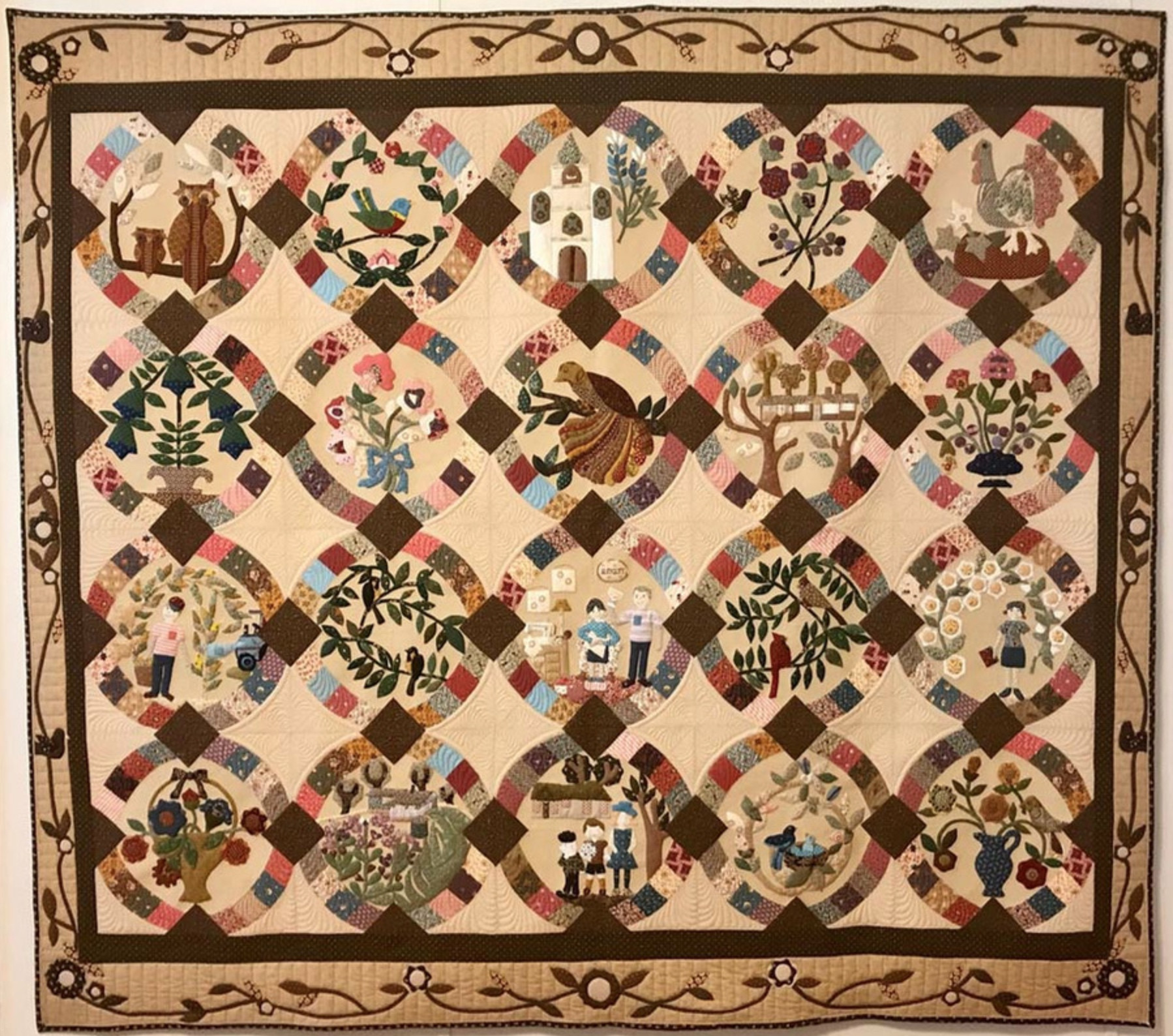 Richland Oaks by Mel Dugosh (Photo from Mancuso 2021 Spring Quilt Festival website)