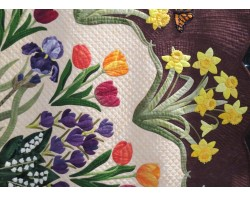 Heralds of Spring by Joann Webb - Detail 2 (Photo from Gail Garber Quilting Blog atgailgarber.com)